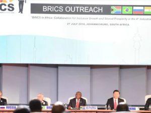 BRICS sætter dagsorden for global udvikling – <br>USA må gå med for at oprette en ny verdensorden, baseret på fred gennem udvikling