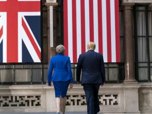 Det Britiske Imperiums særlige forhold falder sammen – Perfidious Albion Delenda Est